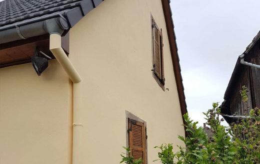 Illustration Mise en peinture d'une façade en grès des Vosges
